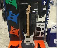 Fog Guitar Display