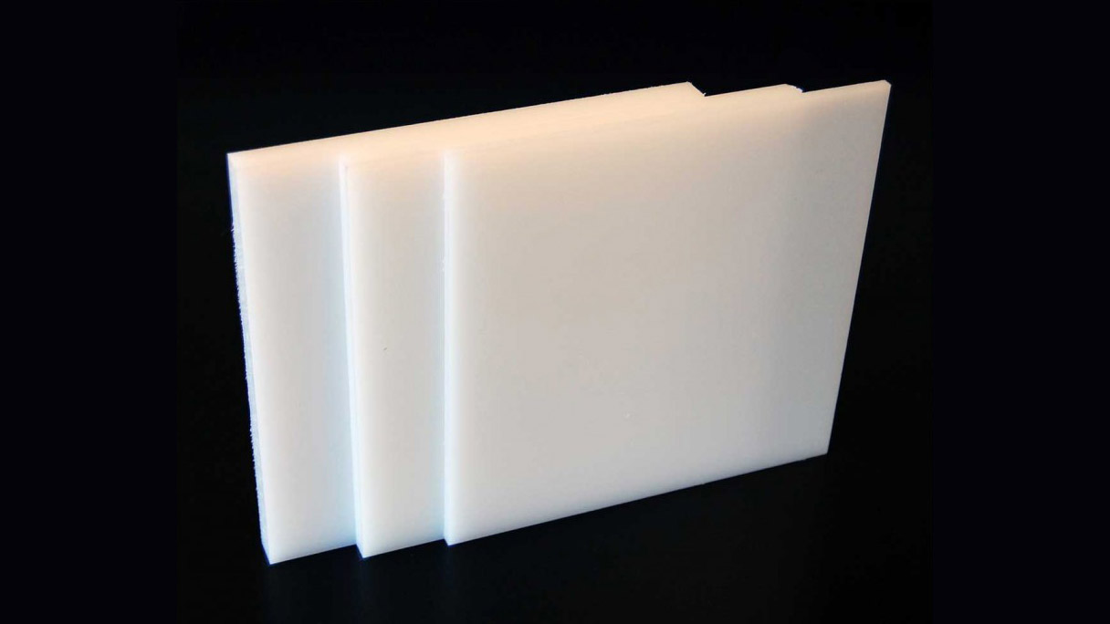 Smooth white HDPE sheets
